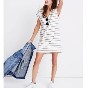 MADEWELL Vacances Shift Short Sleeve V Neck Mini Dress in Leta Stripe sz S